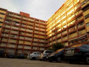 Apartamento En Ventaen Maracay, Caña De Azucar, Venezuela, VE RAH: 18-14936