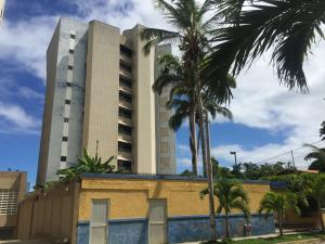 Apartamento En Ventaen Parroquia Caraballeda, Tanaguarena, Venezuela, VE RAH: 18-14955