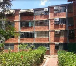 Apartamento En Ventaen Guarenas, Nueva Casarapa, Venezuela, VE RAH: 18-14977