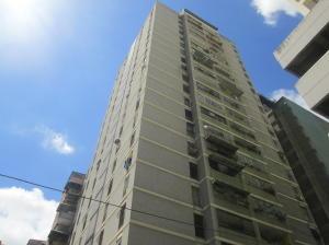 Apartamento En Ventaen Caracas, Parroquia Altagracia, Venezuela, VE RAH: 18-14274