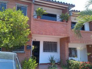 Townhouse En Ventaen Guarenas, Terraza I Buenaventura, Venezuela, VE RAH: 18-15007