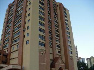 Apartamento En Ventaen Guarenas, Las Islas, Venezuela, VE RAH: 18-15009