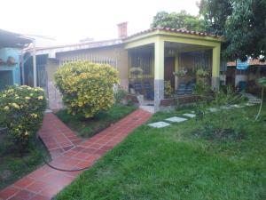 Casa En Ventaen Guacara, Ciudad Alianza, Venezuela, VE RAH: 18-15016