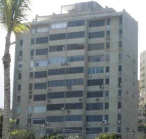 Apartamento En Alquileren Catia La Mar, Playa Grande, Venezuela, VE RAH: 18-15048