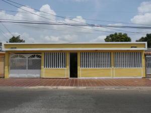 Casa En Ventaen Maracaibo, La Rotaria, Venezuela, VE RAH: 18-15051