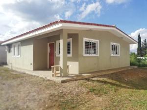 Casa En Ventaen Cabudare, Parroquia Agua Viva, Venezuela, VE RAH: 18-15093