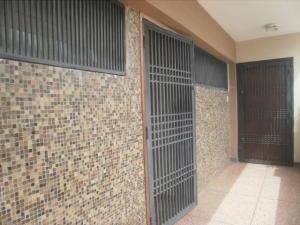 Apartamento En Alquileren Maracaibo, Tierra Negra, Venezuela, VE RAH: 18-15090