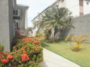 Apartamento En Alquileren Maracaibo, Tierra Negra, Venezuela, VE RAH: 18-15095