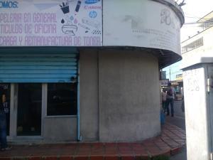 Local Comercial En Alquileren Ciudad Ojeda, Plaza Alonso, Venezuela, VE RAH: 18-15178