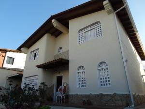 Casa En Ventaen San Antonio De Los Altos, Parque El Retiro, Venezuela, VE RAH: 18-15251