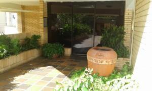 Apartamento En Ventaen Maracaibo, La Lago, Venezuela, VE RAH: 18-15265