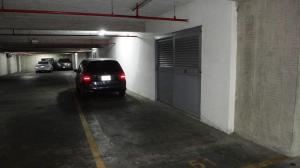 Apartamento En Ventaen Caracas, Santa Eduvigis, Venezuela, VE RAH: 18-15290