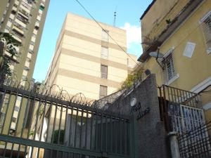 Apartamento En Ventaen Caracas, El Paraiso, Venezuela, VE RAH: 18-15379