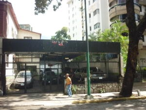 Casa En Ventaen Caracas, La Florida, Venezuela, VE RAH: 18-15418