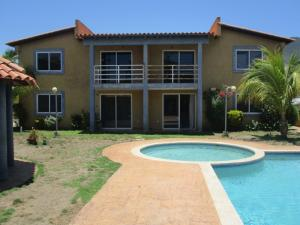 Apartamento En Ventaen Margarita, Guacuco, Venezuela, VE RAH: 18-15449