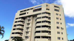 Apartamento En Ventaen Parroquia Caraballeda, Caribe, Venezuela, VE RAH: 18-15435