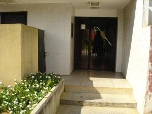 Apartamento En Ventaen Maracaibo, Juana De Avila, Venezuela, VE RAH: 18-15443
