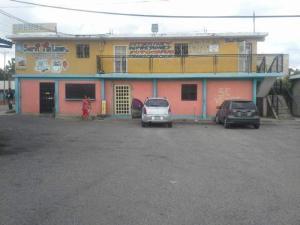 Local Comercial En Ventaen Ciudad Ojeda, Avenida Vargas, Venezuela, VE RAH: 18-15444