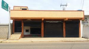 Local Comercial En Ventaen Bachaquero, Avenida Principal, Venezuela, VE RAH: 18-15445