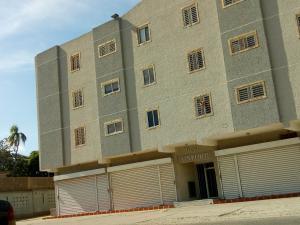 Apartamento En Ventaen Maracaibo, Avenida Delicias Norte, Venezuela, VE RAH: 18-15457