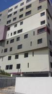 Apartamento En Ventaen Maracaibo, Valle Frio, Venezuela, VE RAH: 18-15475