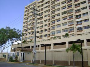 Apartamento En Ventaen Maracaibo, Avenida El Milagro, Venezuela, VE RAH: 18-15478
