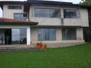 Casa En Ventaen Caracas, La Lagunita Country Club, Venezuela, VE RAH: 18-15483