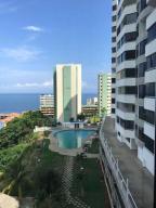 Apartamento En Ventaen Parroquia Caraballeda, La Llanada, Venezuela, VE RAH: 18-12228