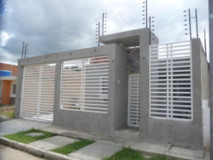 Casa En Ventaen Cagua, La Ciudadela, Venezuela, VE RAH: 18-15533