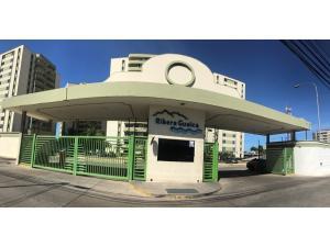 Apartamento En Ventaen Barcelona, Colinas Del Neveri, Venezuela, VE RAH: 18-12250