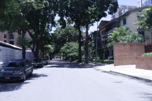 Apartamento En Alquileren Caracas, El Rosal, Venezuela, VE RAH: 18-15557