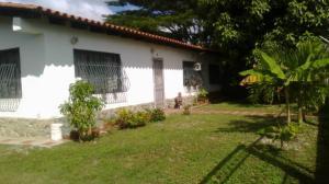 Casa En Ventaen Higuerote, Club Campestre El Paraiso, Venezuela, VE RAH: 18-15610