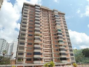 Apartamento En Ventaen Maracay, Las Delicias, Venezuela, VE RAH: 18-15620