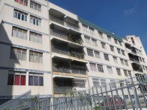 Apartamento En Ventaen Caracas, Los Chaguaramos, Venezuela, VE RAH: 18-15707
