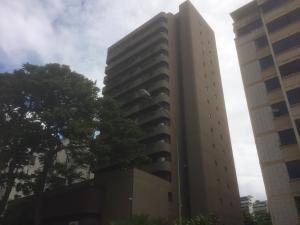 Apartamento En Ventaen Caracas, Los Palos Grandes, Venezuela, VE RAH: 18-15731