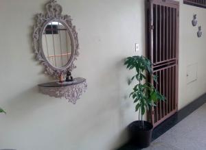 Apartamento En Ventaen Maracay, Zona Centro, Venezuela, VE RAH: 18-15771