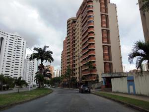 Apartamento En Ventaen Valencia, Los Mangos, Venezuela, VE RAH: 18-15835