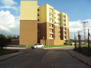 Apartamento En Ventaen Intercomunal Maracay-Turmero, Intercomunal Turmero Maracay, Venezuela, VE RAH: 18-15842