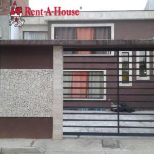 Townhouse En Ventaen Merida, Avenida 1, Venezuela, VE RAH: 18-15848