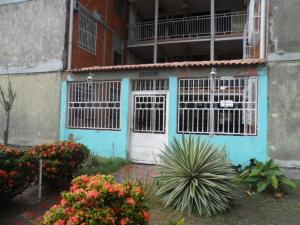 Apartamento En Ventaen Maracay, Madre Maria, Venezuela, VE RAH: 18-15859