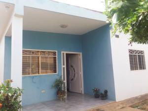 Casa En Ventaen Maracaibo, Altos De Maracaibo, Venezuela, VE RAH: 18-16147