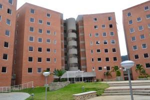 Apartamento En Ventaen Caracas, El Cigarral, Venezuela, VE RAH: 18-16002