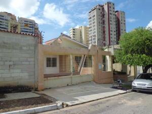 Casa En Ventaen Valencia, Las Chimeneas, Venezuela, VE RAH: 18-16026