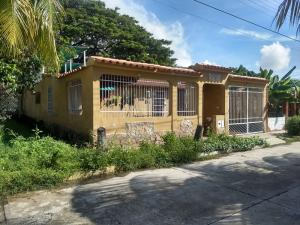 Casa En Ventaen San Joaquin, Guayabal, Venezuela, VE RAH: 18-16130