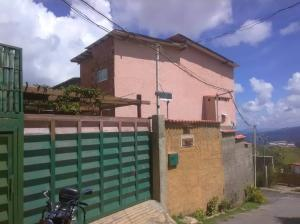 Casa En Ventaen Caracas, La Union, Venezuela, VE RAH: 18-10088