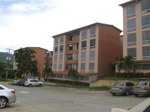 Apartamento En Ventaen Guatire, Sector San Pedro, Venezuela, VE RAH: 18-16100