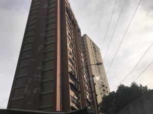 Apartamento En Ventaen Los Teques, Municipio Guaicaipuro, Venezuela, VE RAH: 18-16248
