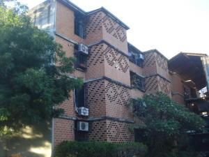 Apartamento En Ventaen Guarenas, Nueva Casarapa, Venezuela, VE RAH: 18-16258