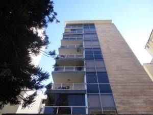 Apartamento En Ventaen Caracas, Los Palos Grandes, Venezuela, VE RAH: 18-16264