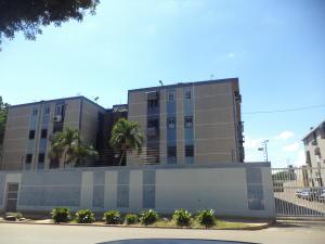 Apartamento En Ventaen Maracaibo, Avenida Goajira, Venezuela, VE RAH: 18-16292